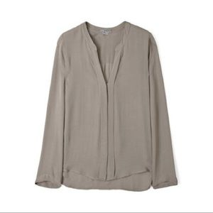 VINCE Slate Split Neck Silk 3/4 Sleeve Top